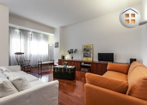 apartment for family travel to milan italy